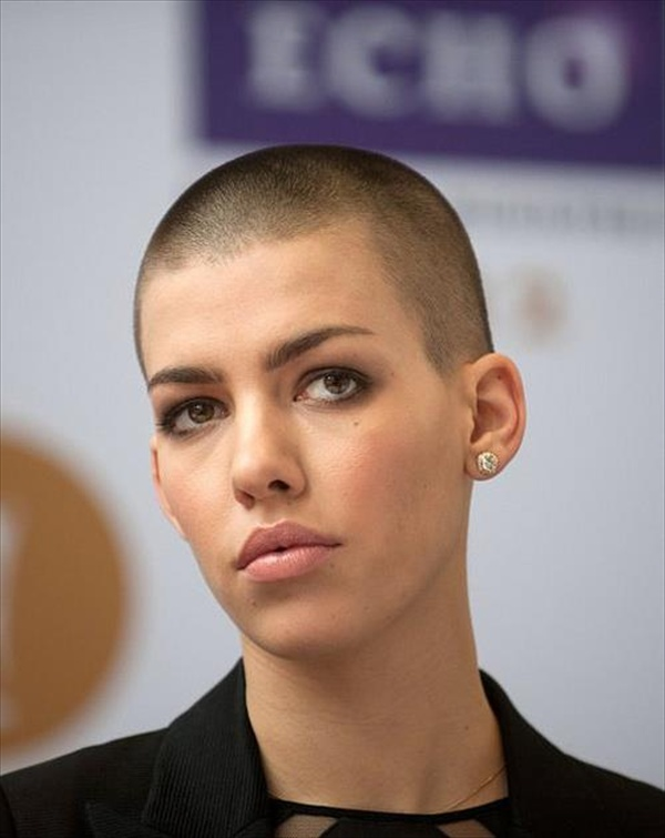 buzz-cut-styles-for-women
