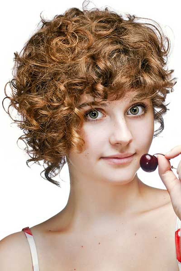 Short Curly Hairstyles and Climatic Changes Hairstyles 2017
