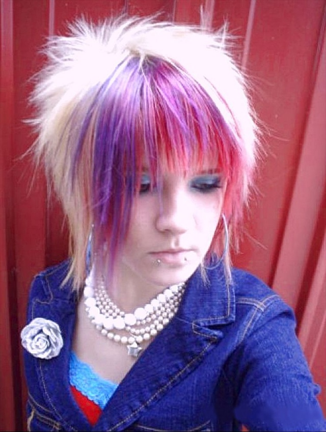 Excellent 13 Cute Emo Hairstyles For Girls Being Different Is Good Hairstyles For Women Draintrainus