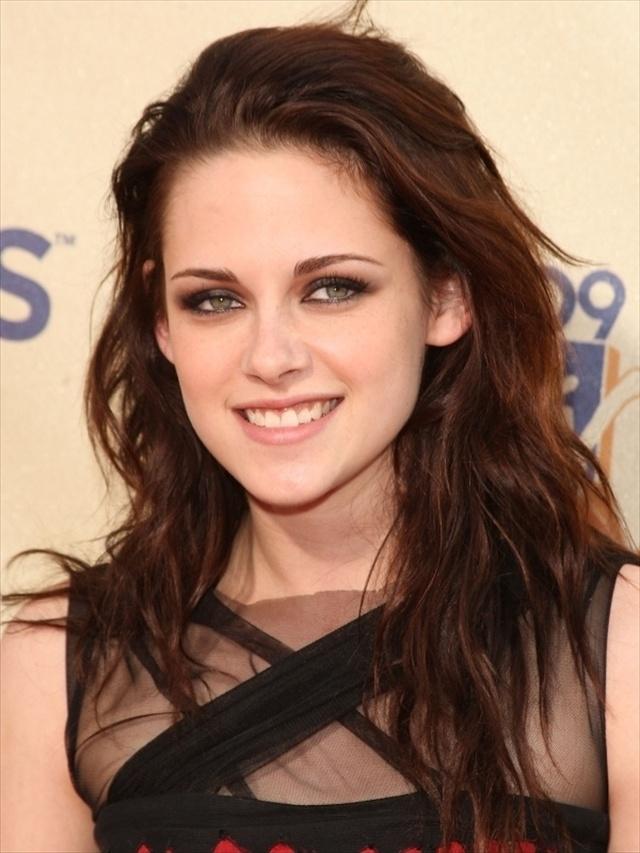 15 Amazing Kristen Stewart Hairstyles