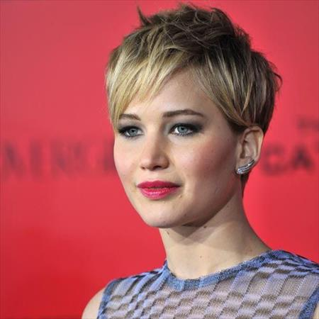 2 Gorgeous Short Length Hairstyles