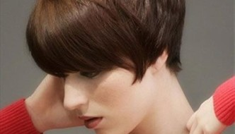 15 Short Hairstyles for Straight Hair
