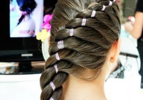 modern ribbon braid hair style